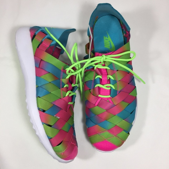 huge discount a5a15 6d2ad NIKE Juvenate Woven Blue Pink White Sneakers NEW 9